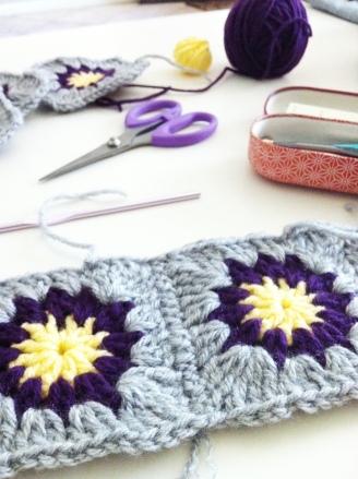 sunburst crochet squares