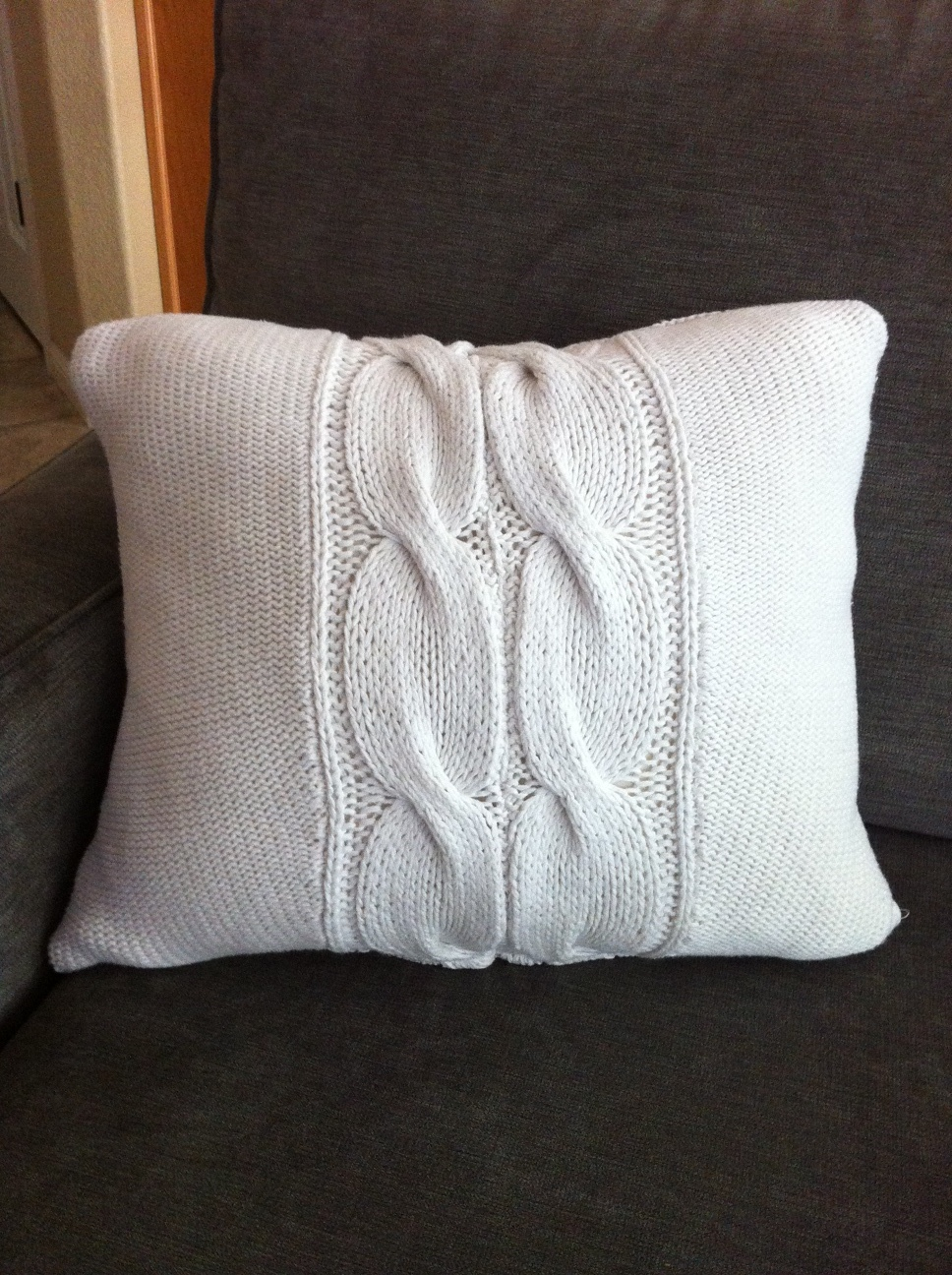 UPCYLED ? Granny Knit Sweater Throw Pillow